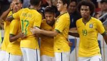 Neymar faz 4 e comanda vitória fácil do Brasil contra Japão