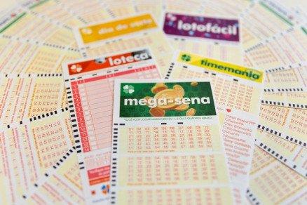 Bolão com mais de 70 pessoas ganhou prêmio de R$ 22 milhões da Mega-Sena