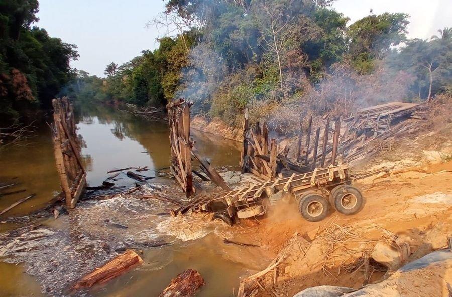 Aripuanã: Incêndio criminoso na ponte sobre o Rio Guariba pode gerar grandes transtornos para comunidade e região