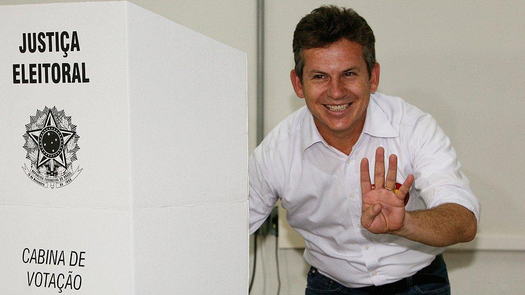 Mauro confirma favoritismo e é eleito governador de MT com 58,8% dos votos