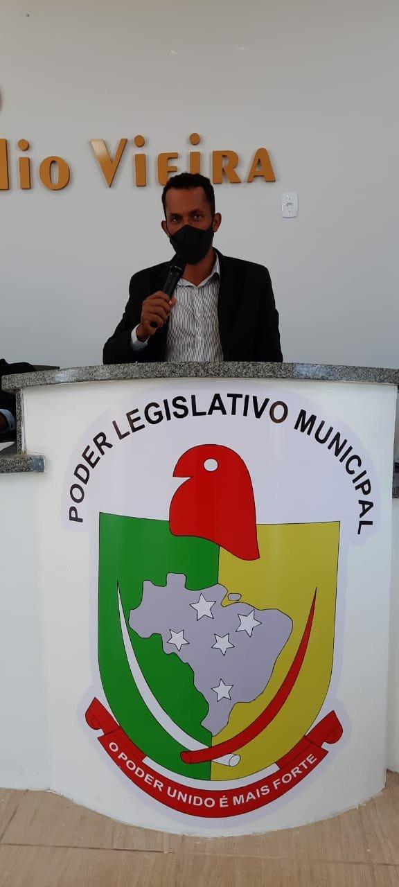 Vereador Luis Carlos de Colniza sugere instalação de uso de energia solar em prédios públicos e escolas municipais