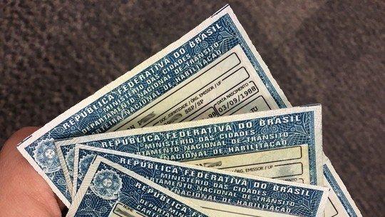 Bolsonaro estuda aumentar validade da CNH de 5 para 10 anos