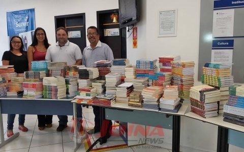 Recursos da vara do trabalho de Juína possibilitam aquisição de livros para escola de Colniza