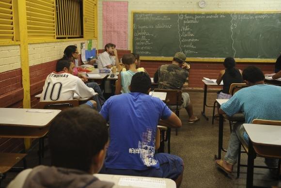 Um em cada quatro jovens vai abandonar o ensino médio até o final do ano