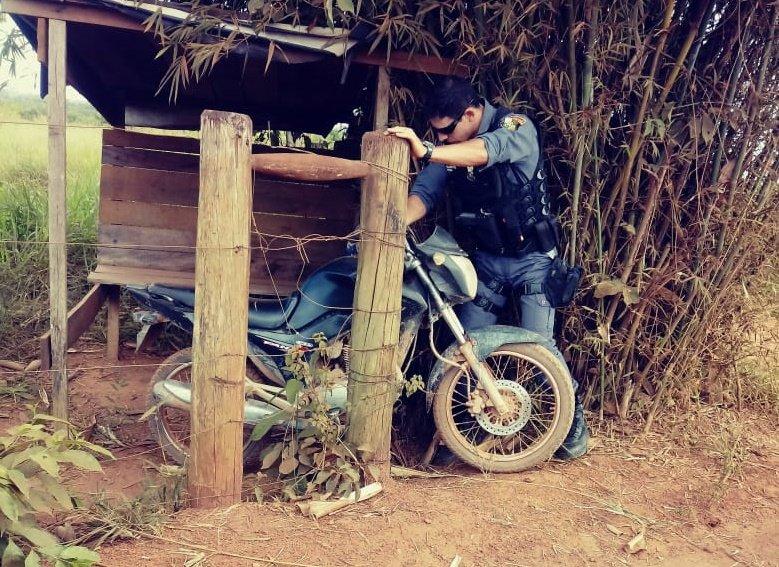 Polícia Militar de Aripuanã recupera moto roubada em Colniza