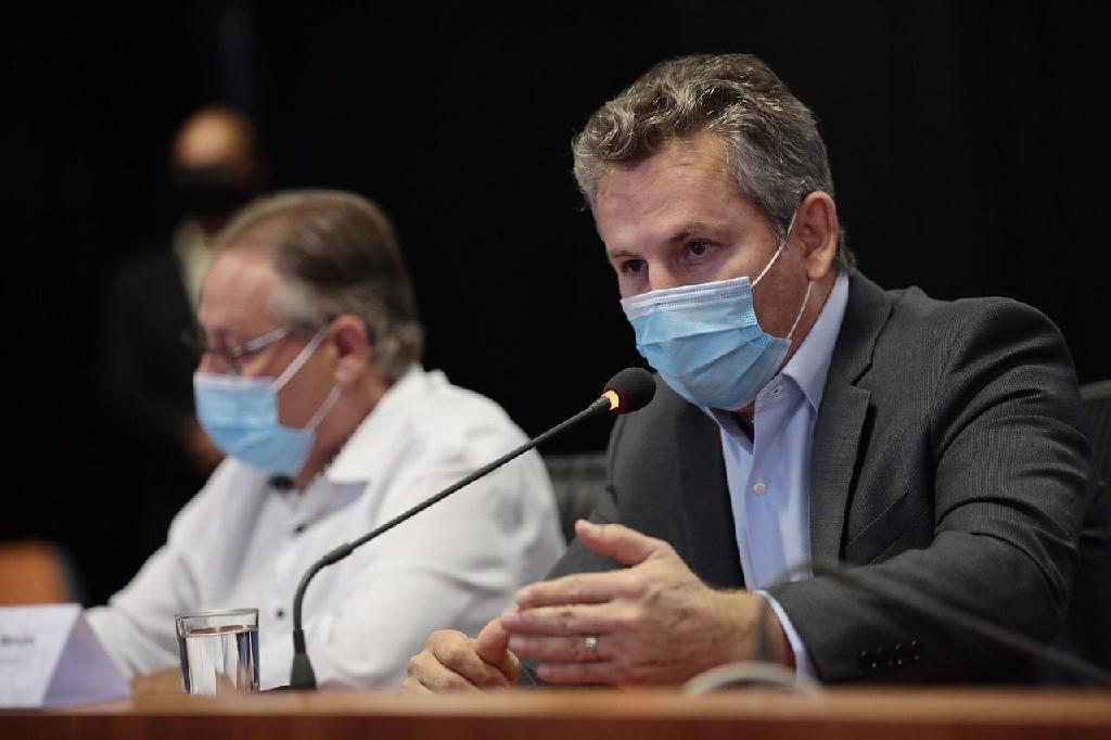 MT assina contrato e compra 1,2 milhão de vacinas russa; gasto será de R$ 67 milhões