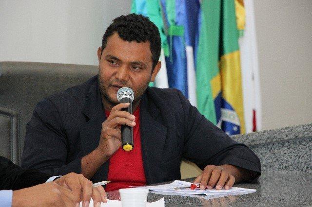 Vereador Oseia solicita que a administração municipal busque aderir à saúde a Portaria 1.996 de 26 de julho de 2019