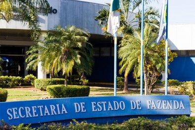 Estado termina de pagar servidores e transfere R$ 93 mi para saúde e municípios