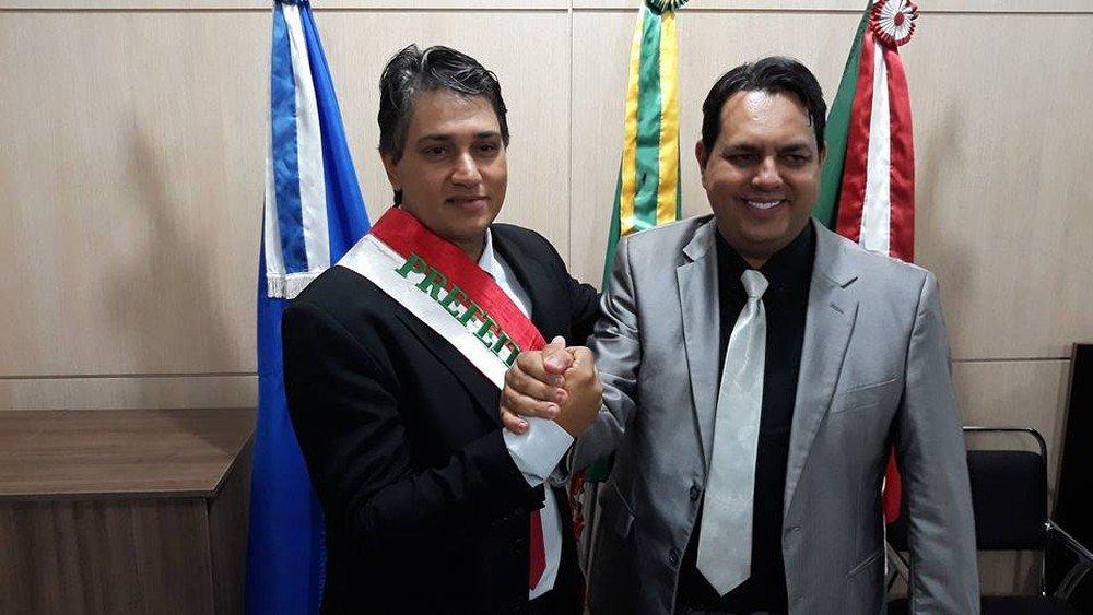 Prefeito renuncia ao cargo e vice toma posse em Dom Aquino (MT)