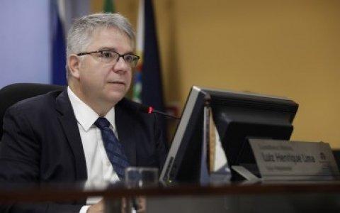 Prefeito de Juína é multado em 31 UPFs por falta de transparência na gestão