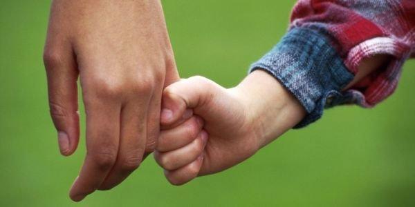 Temer sanciona com vetos lei que cria novas regras para facilitar adoção