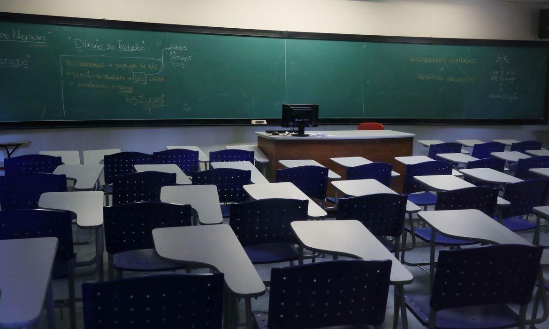 Sem previsão de retorno das aulas presenciais em Mato Grosso