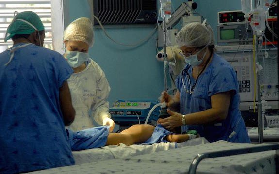 SUS tem 904 mil cirurgias eletivas na lista de espera, aponta CFM