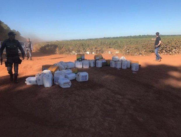Policiais fazem buscas por criminosos que invadiram fazenda para roubar agrotóxicos