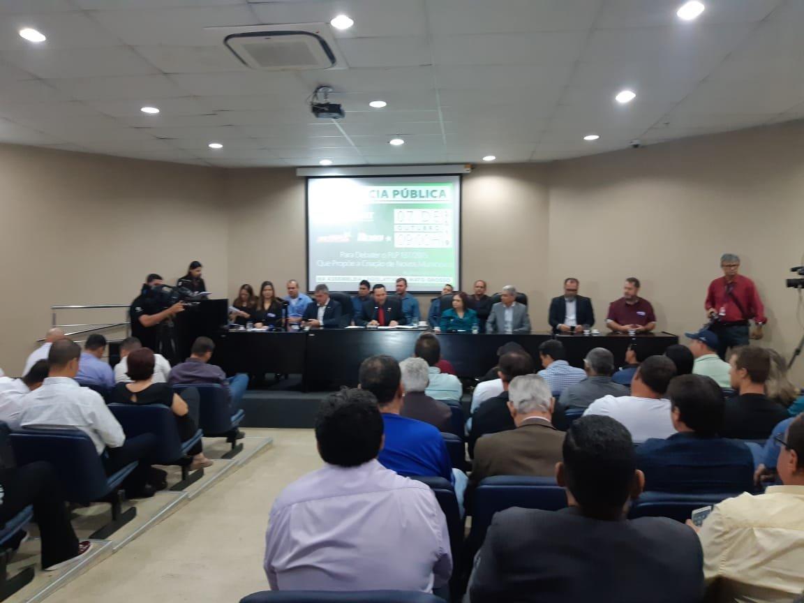 Vereador Marquinho participa de audiência pública em Cuiabá sobre a emancipação dos distritos