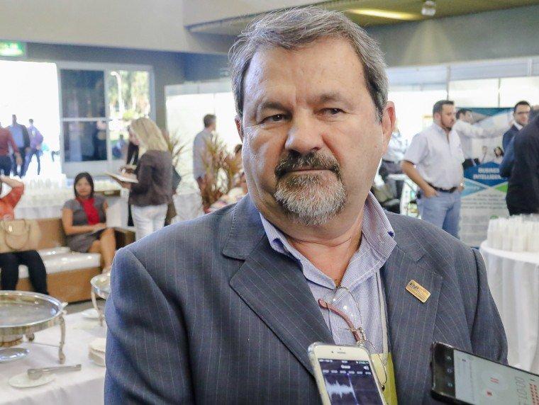 Justiça manda bloquear R$ 630 mil das contas do prefeito de Cáceres