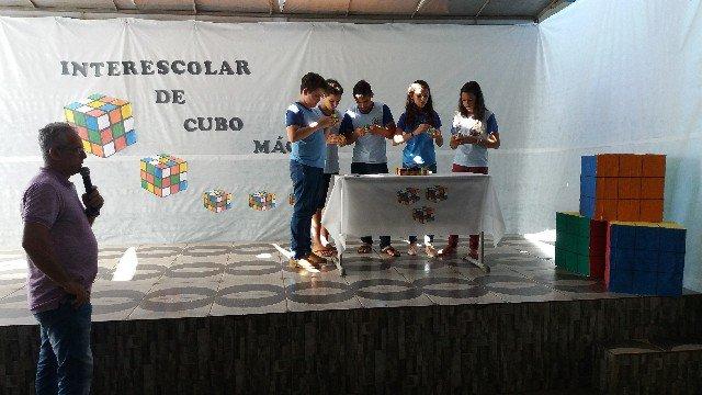 Escola Municipal bom Jesus sedia 3º Interescolar de cubo mágico