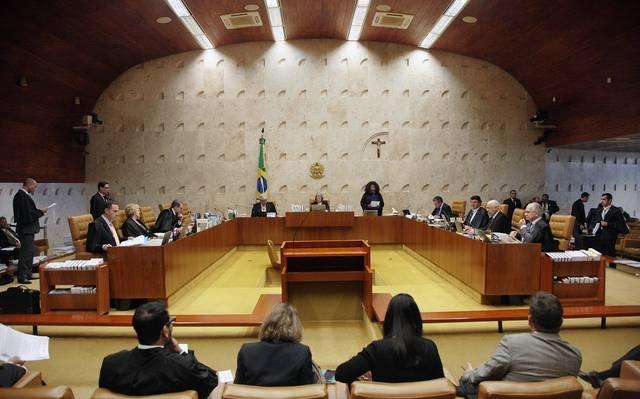Em meio à crise, Senado aprova aumento de 16% para ministros do STF e da PGR