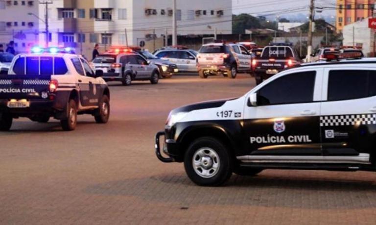 Polícia prende funcionários acusados de desviar R$ 2 milhões de grupo empresarial em MT