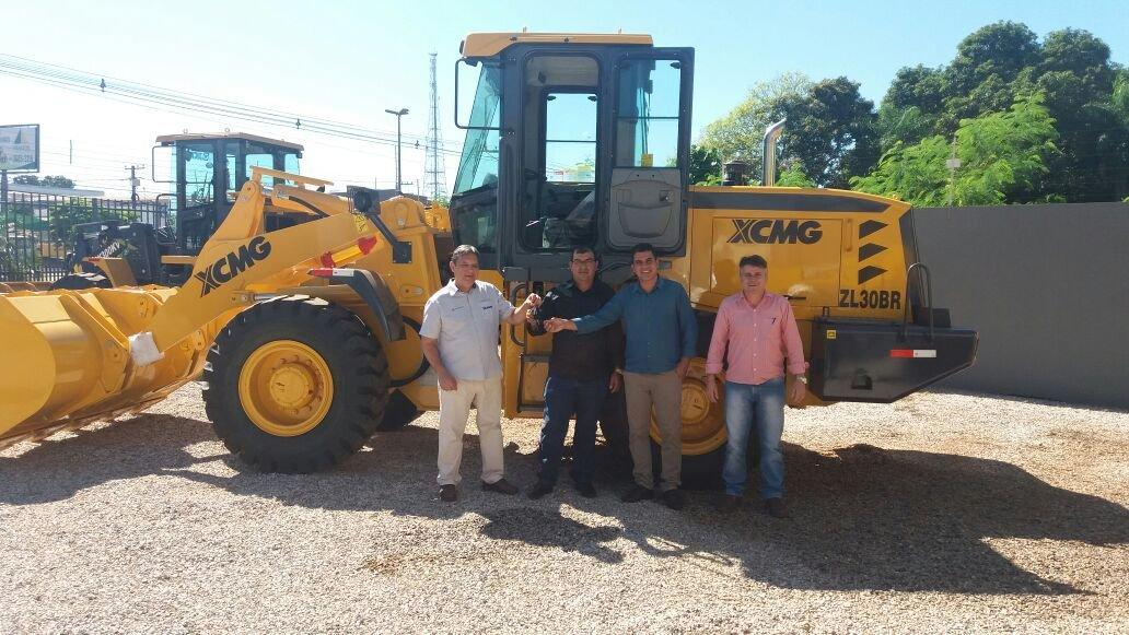 Com recurso próprio, Prefeitura de Colniza adquire novos maquinários para Secretaria de Obras