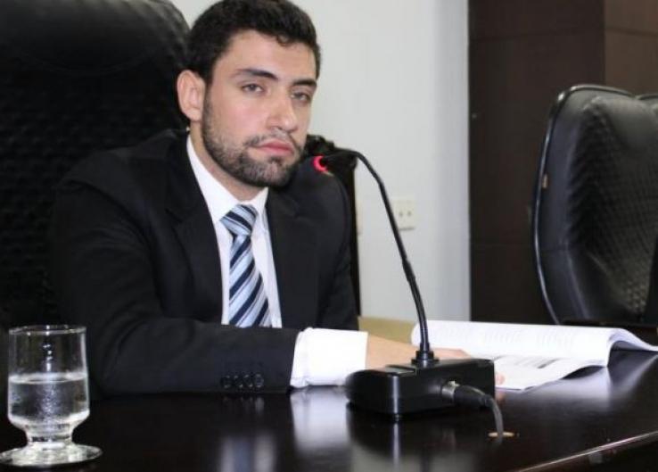 Advogado quer reverter cassação de vereador na Justiça