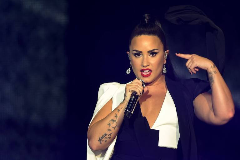 Demi Lovato é internada por suposta overdose