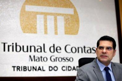 "TCE entrega ao TRE ""lista suja"" de gestores"