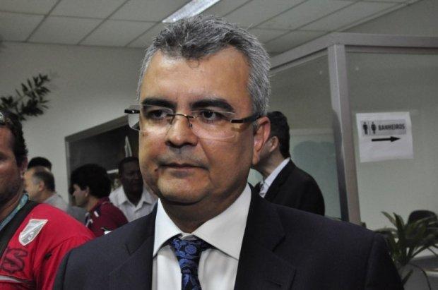 Polícia prende Paulo Taques primo de governador por tentar manipular investigações em MT