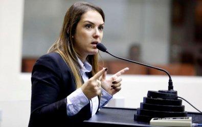 Deputada rejeita acordo para começar CPI após eleições