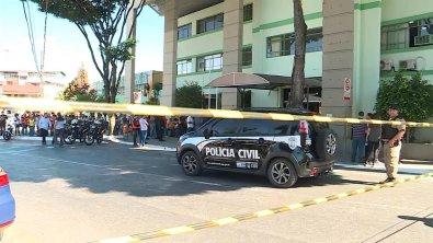 Policial civi mata ex-mulher dentro da Câmara