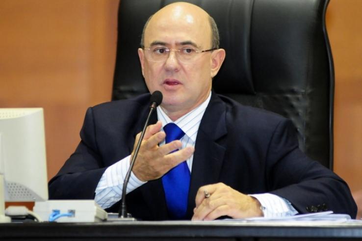 Deputado Riva e ex-secretário Eder Moraes são presos pela Polícia Federal na Operação Ararath