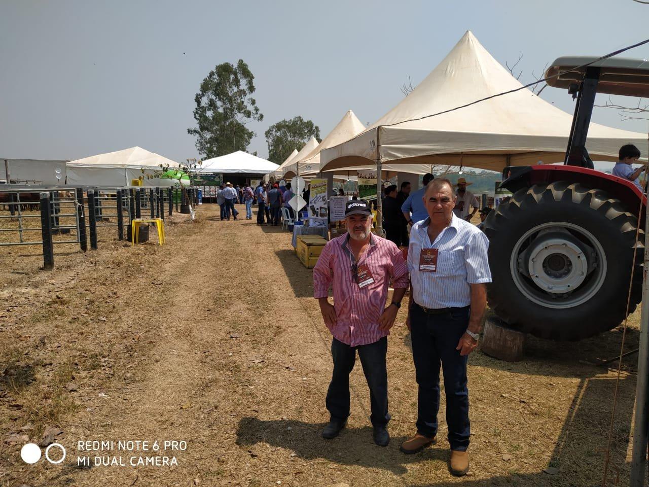 Vereadores de Colniza participam de evento em Castanheira