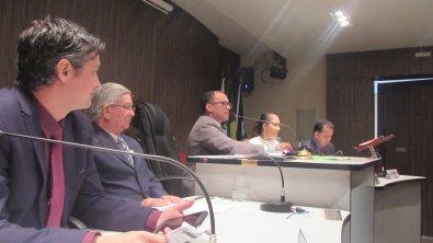 Câmara decide se reduz número de vereadores em VG