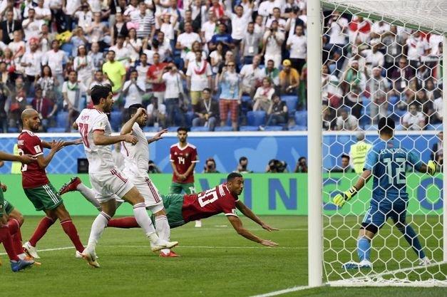 Com gol contra nos acréscimos, Irã vence Marrocos na abertura do Grupo B