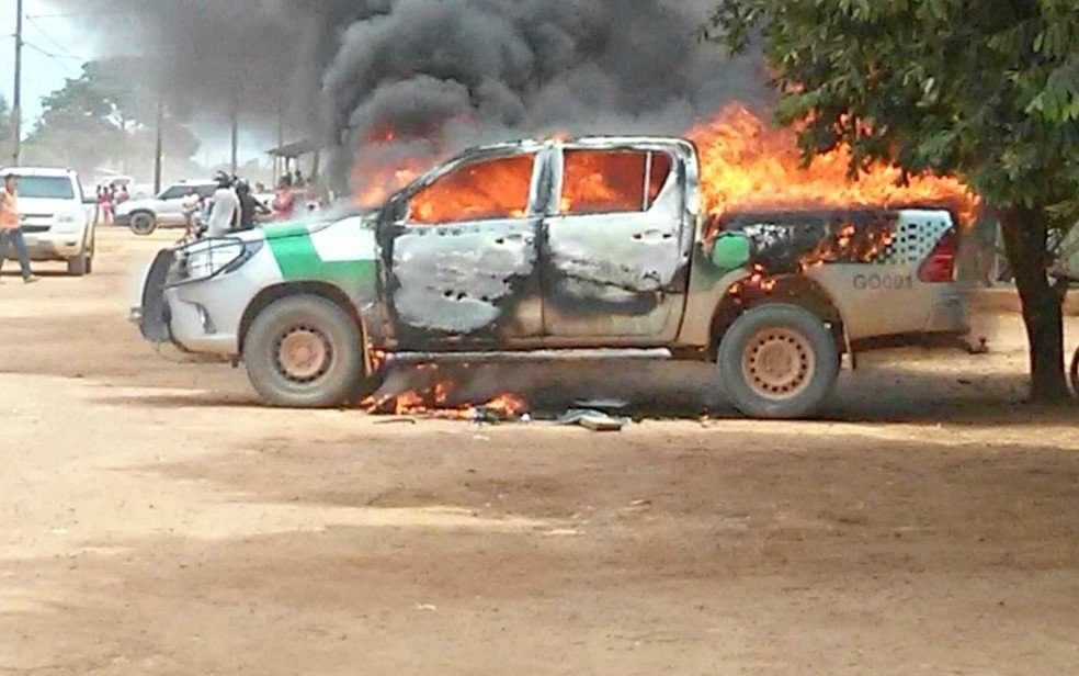 Força Nacional deve escoltar fiscais do Ibama após caminhonete do órgão ser incendiada em MT