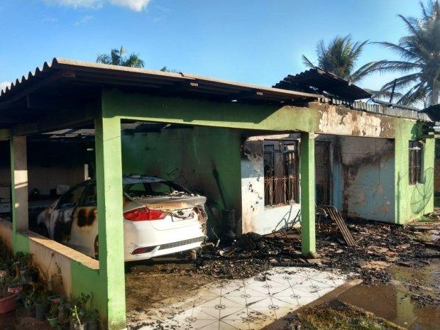 Homem tenta matar esposa queimada após atear fogo em residência e em seguida tenta contra a própria vida