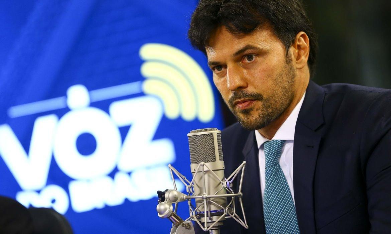 """""""Tecnologia 5G será o assunto de 2021"""", afirma Fábio Faria"""