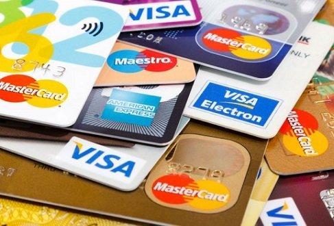 Limite para crédito rotativo reduz spread bancário para menor nível em dois anos