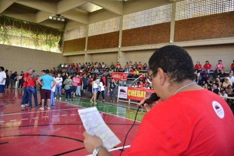 Para pressionar Governo, servidores da Educação de MT decretam estado de greve