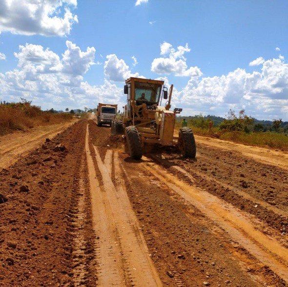 Colniza/MT: DNIT executa obras de manutenção e prepara a BR-174/MT para o período chuvoso