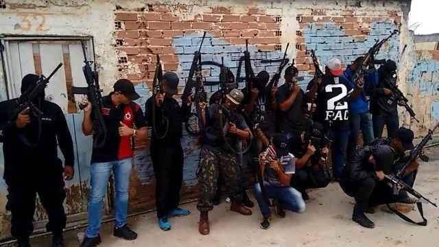 Senador de MT propõe projeto de lei para polícia abater bandidos armados com fuzil