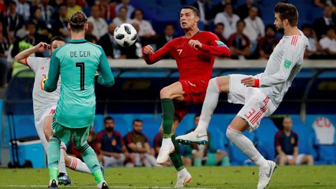 Em jogo eletrizante, Espanha e Portugal empatam no primeiro clássico da Copa