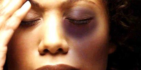 Vítimas de violência doméstica têm direito a seis meses de licença trabalhista