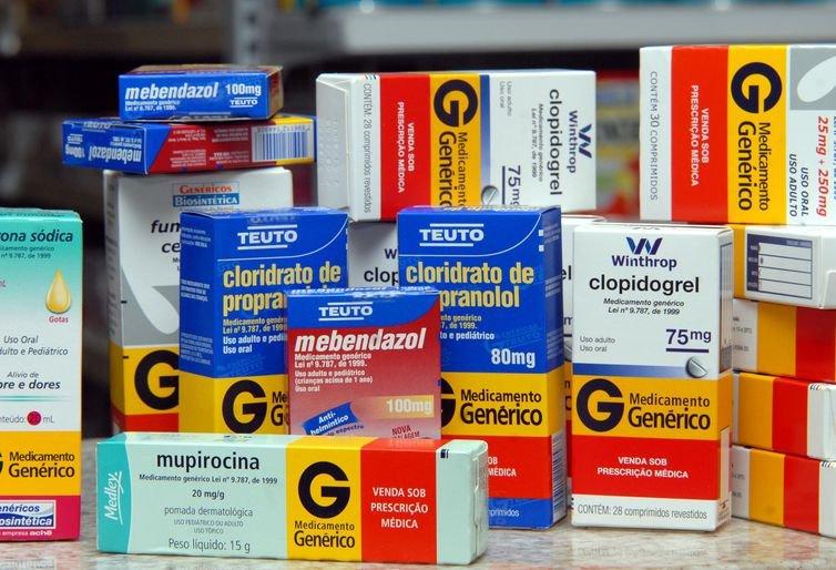 Prescrição de medicamentos genéricos aumenta 65% em três anos