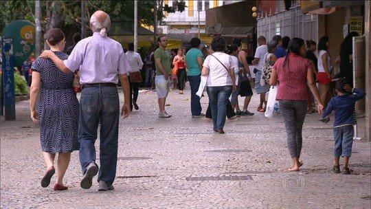 Expectativa de vida do brasileiro é de 75,8 anos, diz IBGE