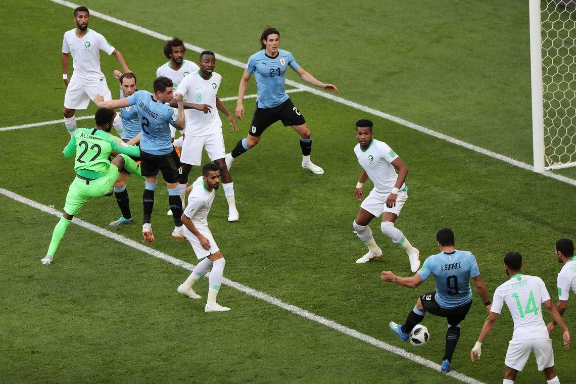 Uruguai vence a Arábia Saudita e define classificados do grupo A