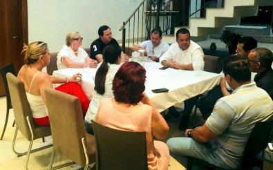 Oposição articula chapa contra Taques; senador e deputado são opções