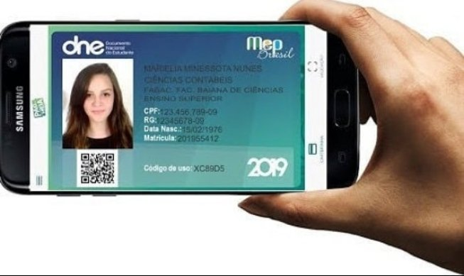 Carteira estudantil digital começará a ser emitida em 90 dias
