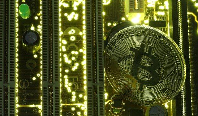 Bitcoin começará a ser negociado em contratos futuros, mas riscos preocupam