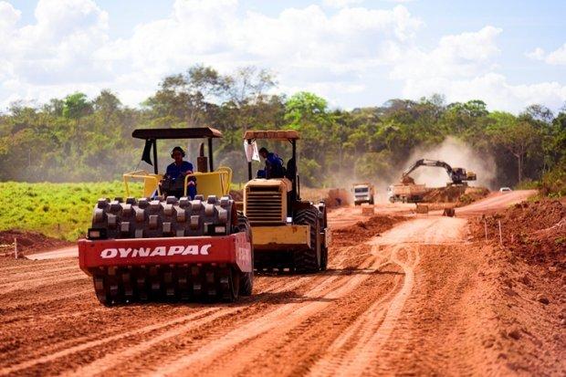 Prefeitos reconhecem importância de parcerias para o desenvolvimento dos municípios